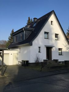 Bremer Str. - Dach+Fassade+Carport - Neu