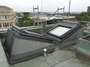 Grillo - Theater - neue Flachdachfenster